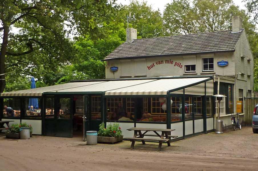 Hut Van Mie Pils